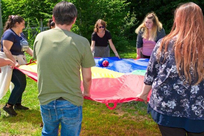 Alltagsbetreuer/in (2BFSPT) - gemeinsames Spielen