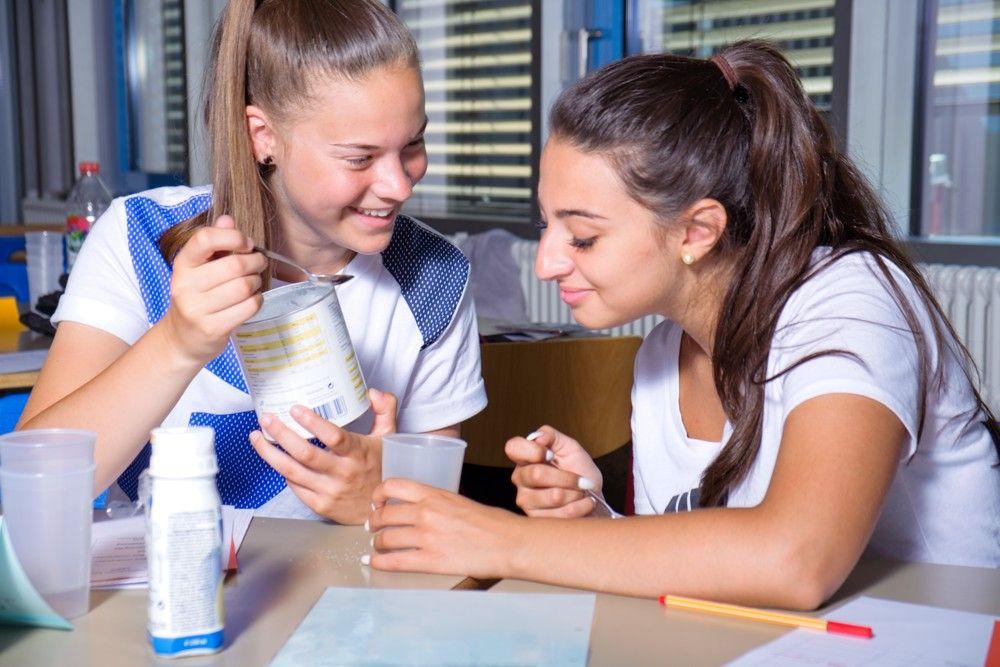 Zweijährige Berufsfachschule für Gesundheit und Pflege (2BFP) - Nahrungsergänzungsmittel
