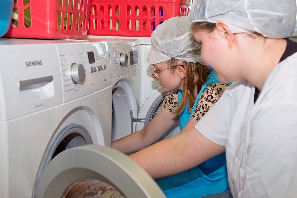 Fachpraktiker Hauswirtschaft/Fachpraktikerin Hauswirtschaft (FPH) - Waschmaschine
